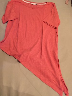 T- Shirt mit Schrägschnitt