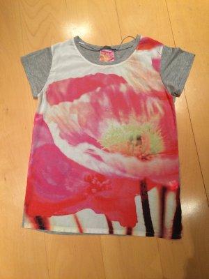 T-Shirt mit sommerlicher Vorderseite