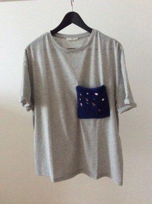 T- Shirt mit Tasche aus Kunstfell