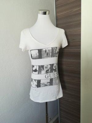 T-shirt mit V-Ausschnitt in weiß