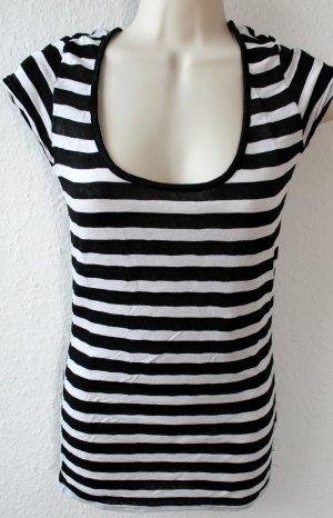 T-Shirt, schwarz weiß gestreift