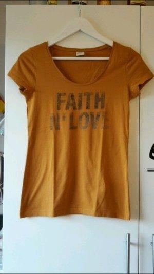 T-Shirt von Esprit mit Aufdruck