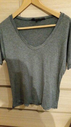 T-Shirt von Great Plains mit großzügigem Ausschnitt