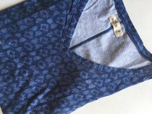 T- Shirt von Hollister in blau/gemustert