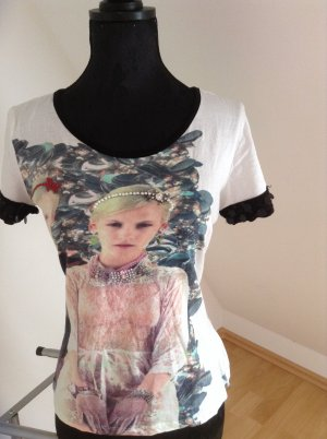 T-Shirt von Malven mit tollen Steinchen und Verzierungen