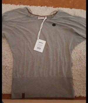 T-Shirt von Naketano in der Größe S ( fällt eher aus wie M/L)