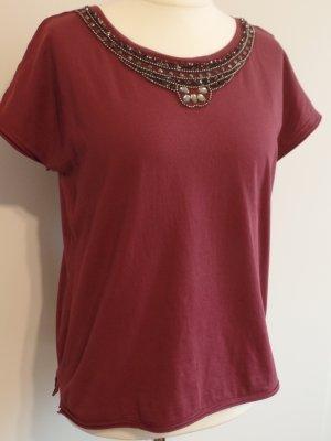 T-Shirt von only in beerenfarbe, schöne Perlendetails!, Gr. L