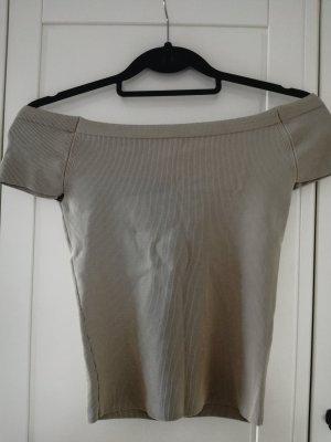 T-Shirt von Zara mit Etikett