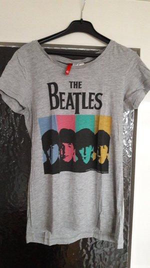 T-Shirts mit BEATLES-Aufdruck