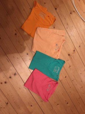 T-Shirts von Manguun