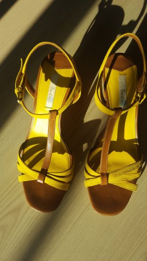 T-Strap Sandals yellow-bronze-colored