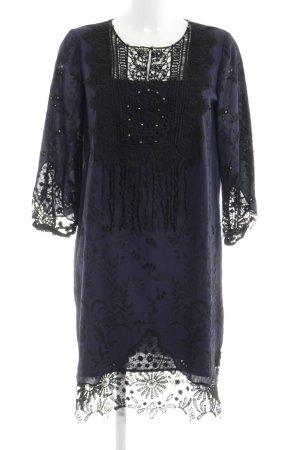 Tahari Caftan blue extravagant style