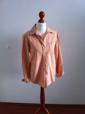 tailierte, dickere Bluse in angesagtem coral