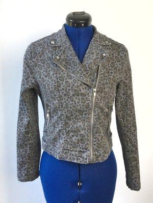 Taillierte Jeansjacke im Leopardenlook