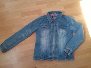 Taillierte Jeansjacke im Used-Look
