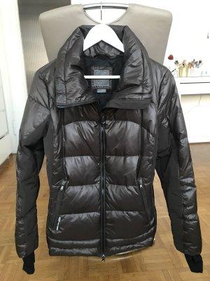 Taillierte Winterjacke GEOX