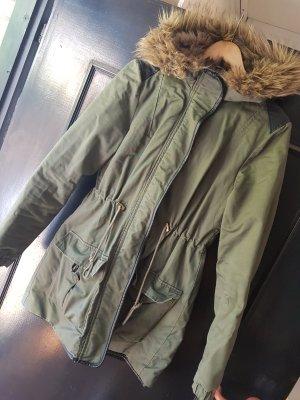 H&M Abrigo de invierno negro-caqui