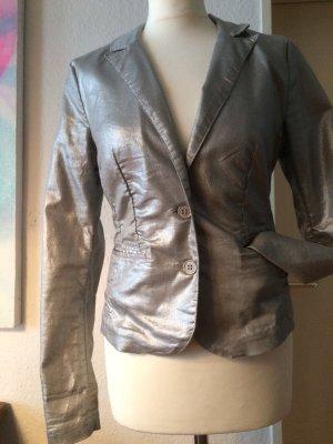 Taillierter Blazer in Metallic Optik