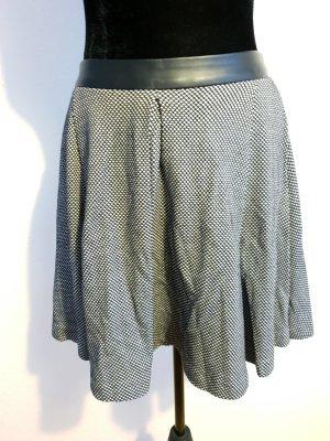 Reserved Falda a cuadros negro-blanco tejido mezclado