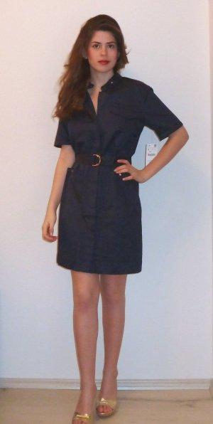 Tailliertes Blusenkleid von Zara