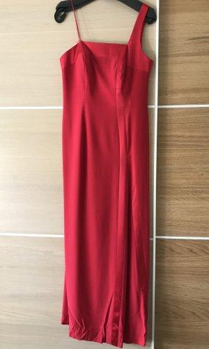 """tailliertes, elegantes Abendkleid von """"Elegance"""""""