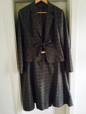 Tailliertes Kostüm Glenchek-Karo grau-braun