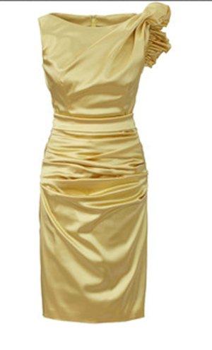 Talbot Runhof Abendkleid goldene Luxusklasse