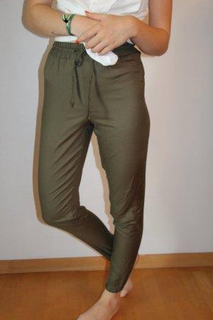Tally Weijl Pantalón de cintura alta verde oliva Viscosa