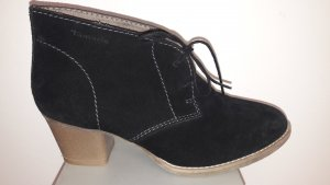 Tamaris Chaussures à lacets noir