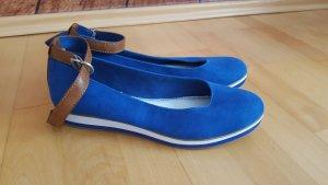 Tamaris blau