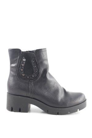 Tamaris Chelsea Boots black extravagant style