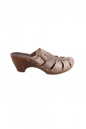 Tamaris Crocs with rivets