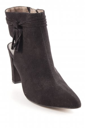 Tamaris Cut-Out-Stiefeletten schwarz Business-Look