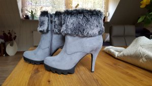 Tamaris High Heel Stiefelette Gr. 39 grau mit Fell