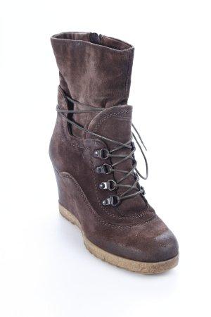 Tamaris Wedge Booties brown street-fashion look
