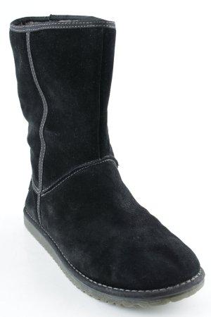 Tamaris Botas bajas negro look casual