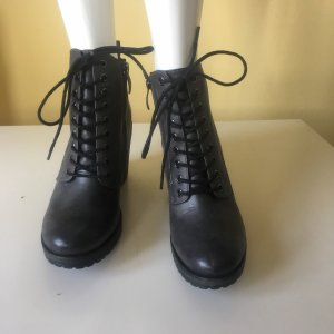 Tamaris Leder Stiefeletten zum Schnüren Gr 40