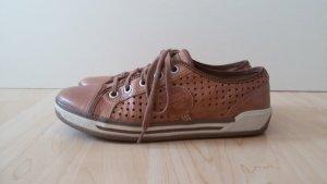 Tamaris Ledersneaker hellbraun Lochmuster Topzustand