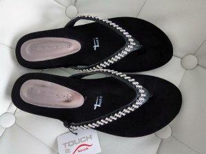 Tamaris Sandalo con tacco nero-argento