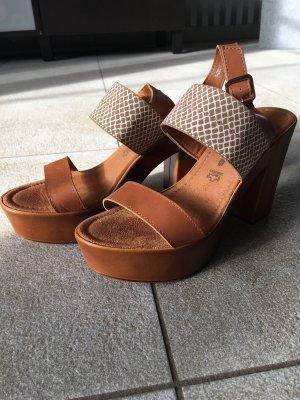 Tamaris Platform High-Heeled Sandal white-brown leather