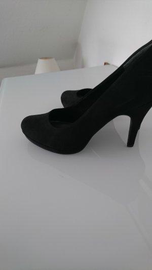 Tamaris Pumps black leather