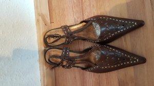 Tamaris Sandalen met bandjes en hoge hakken bruin