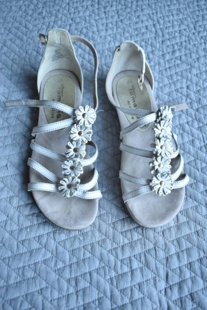Tamaris Strapped High-Heeled Sandals white leather