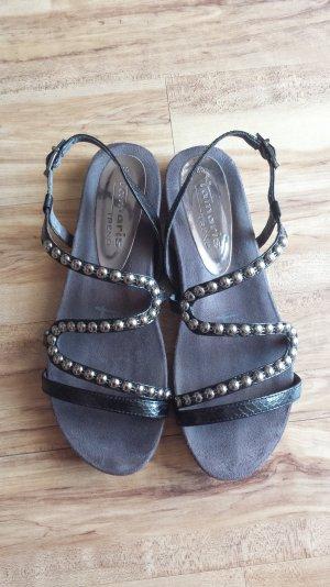 Tamaris Sandalen mit Nieten