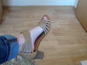 Tamaris- Sandaletten mit Riemchen, Größe 37