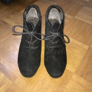 Tamaris Patucos con cordones negro-marrón-negro