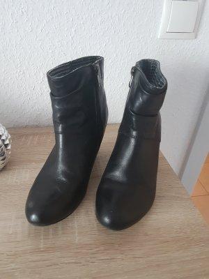 Tamaris Botines negro
