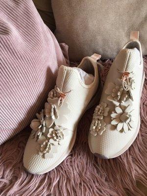 Tamaris Sneaker 39 mit Blüte NEU