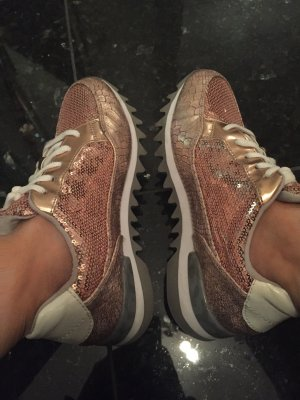 Tamaris sneaker in Trend Farbe Rose Gold  gr 37