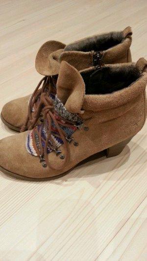 Tamaris Stiefel Boots Stiefeletten Vintag Retro Leder braun 38